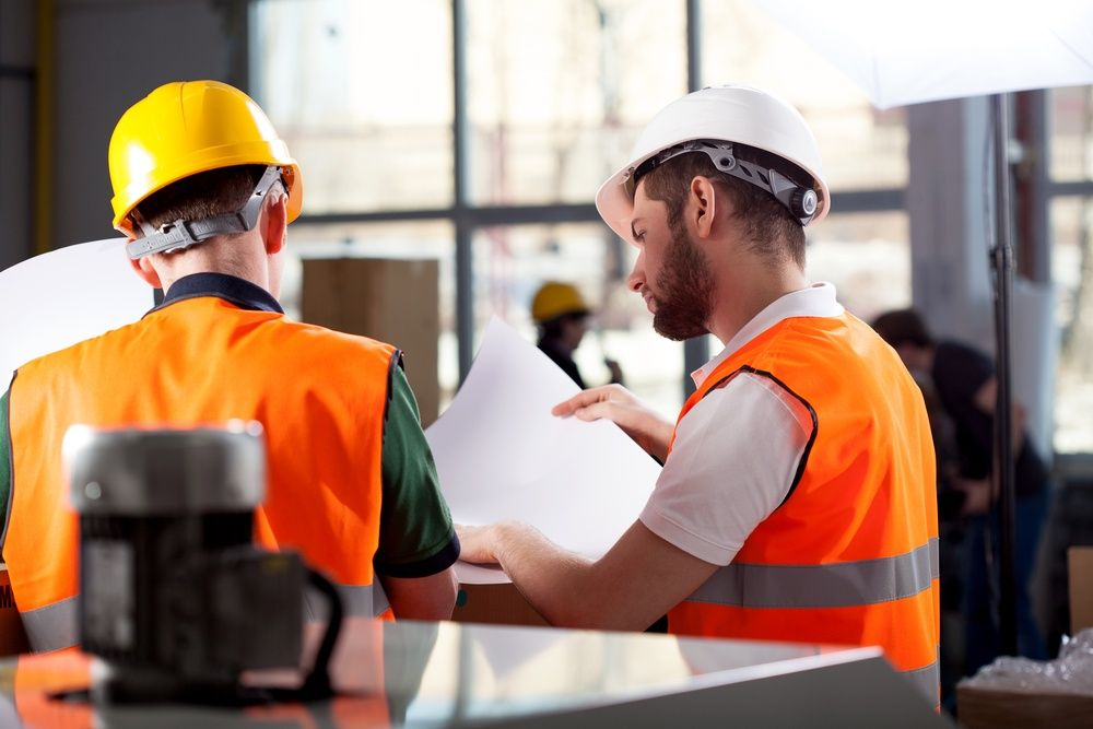 How to Ensure Safety at Work - Use Protective Workwear